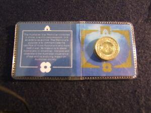 "2017 AUSTRALIA $2 Two Dollar ANZAC /""LEST WE FORGET/"" Commemorative Coin UNC"
