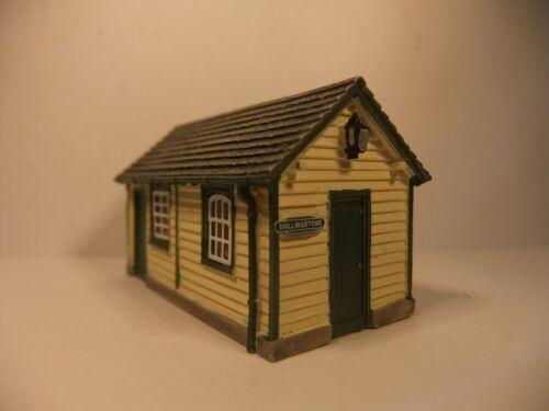 Shillingstone Parcel Office BNIB N gauge Farish Scenecraft 42-166