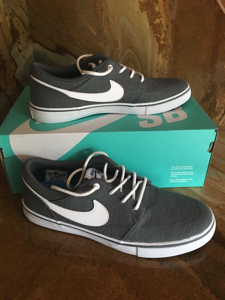 Nike SB Solarsoft Portmore II Canvas Men's Skateboarding Shoe Grey/White  8.5