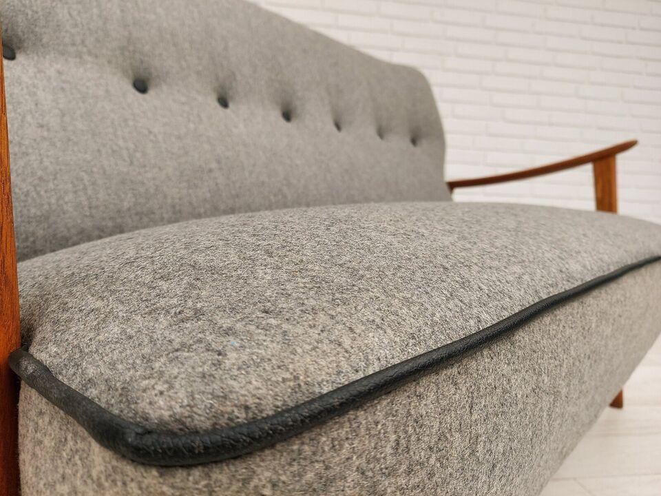 Fritz Hansen, sofa