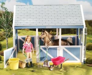 Breyer Classics Horse Model STABLE CLEANING ACCESSORIES 61074