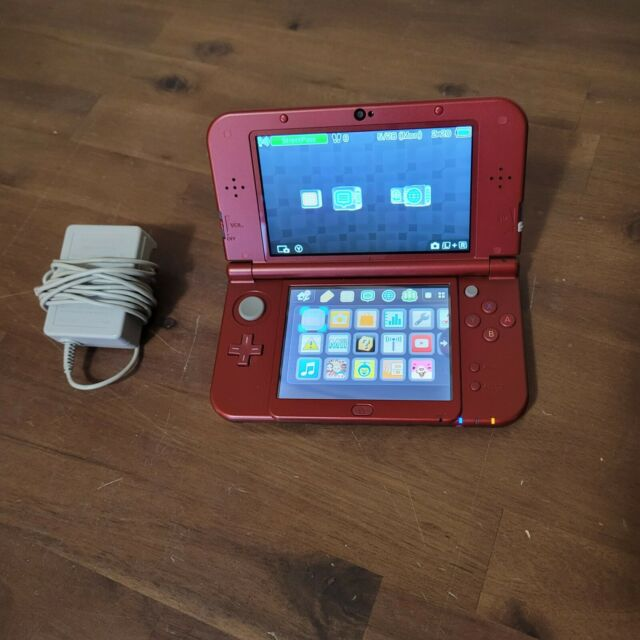Nintendo New 3DS XL Red RED-001 System With Charger