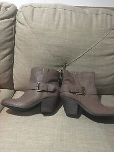 Fergie-Womens-Country-Too-Storm-Brn-Boots-Coffee-Brown-7-5-M-US