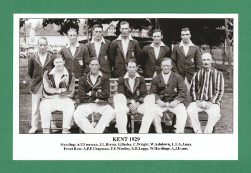 1929 KENT TADDYCLOWN.CO.UK COUNTY  CRICKET  TEAM  POSTCARD