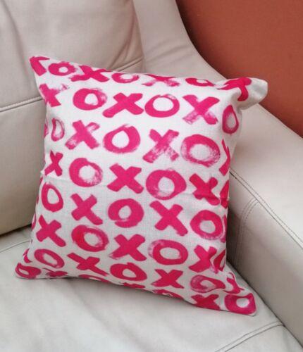 "Naughts croix 17/"" Housse De Coussin Rose Chaud Tick Tack Toe Home Living Room Mignon"