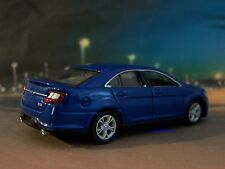 2012 FORD TAURUS SHO COLLECTIBLE 1/64 SCALE DIECAST MODEL DISPLAY - DIORAMA