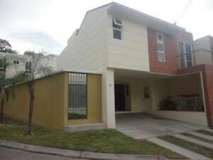 Casa/Villa, en VENTA, Portal del Bosque Cluster D, Tegucigalpa