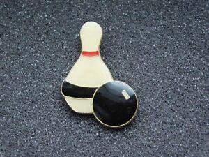 VINTAGE METAL PIN BOWLING BALL & PIN