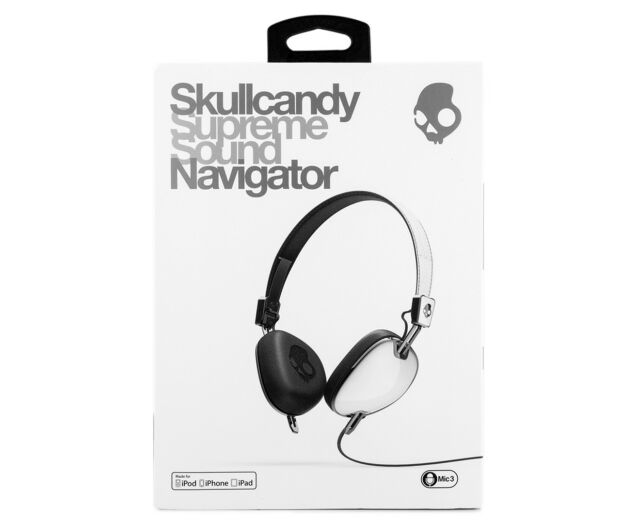 SKULLCANDY NAVIGATOR HEADPHONES W/ MIC3 - WHITE