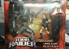 Tomb Raider Lara Croft VS S.I.M.O.N 2 Figures New in box Playmates Simon