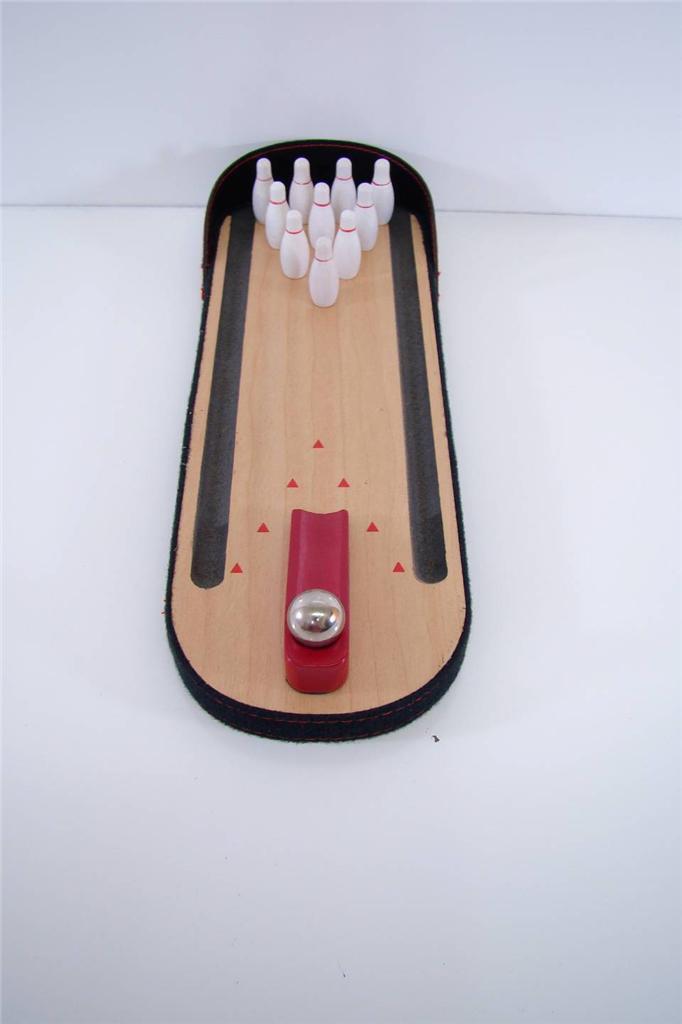 FURNITURE DESKTOP MINI MINITURE BOWLING SET GAME EXECUTIVE TEN PIN BALL