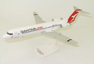PPC-QantasLink-Fokker-100-VH-NHP-Desk-Top-Display-1-100-Jet-Model-AV-Airplane