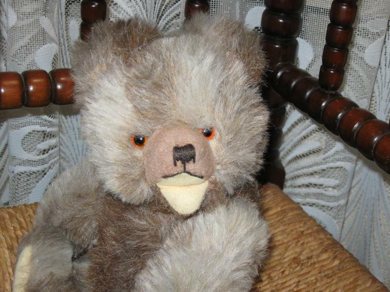 Hermann Germany Old Zotty Bear 2 Toned Toned 2 Working Squeaker 190683