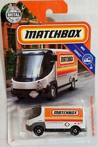 Matchbox-2018-MBX-Service-1-20-039-09-International-eStar-6-125-BBFHG70