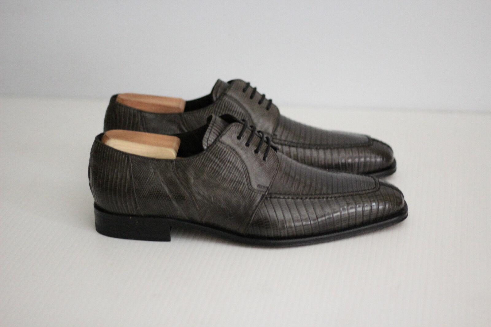 NEW Mezlan Genuine Lizard Oxford - Grey Leather - Size 8.5 M  (B28)