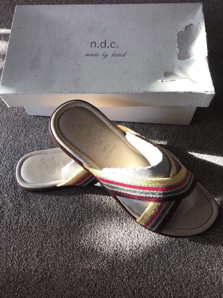Men's NDC Made By Hand 'Julian' Beach Sandals  New With Box