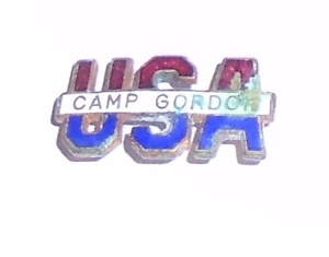 1940s WWII HOMEFRONT CAMP GORDON old Enamel SWEETHEART pin Vintage tacpin