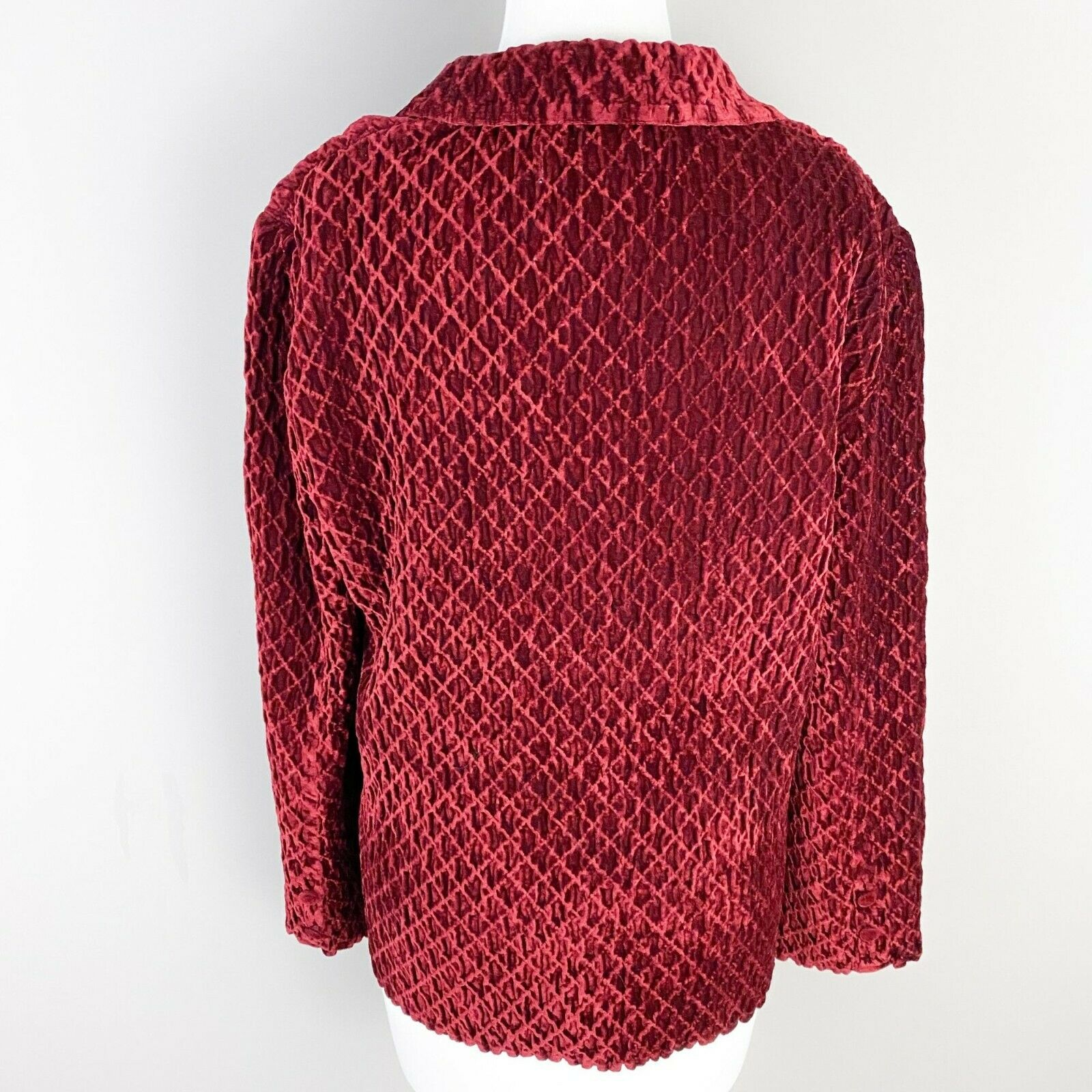 Vintage Great Cavalier by St. Paul Red Textured V… - image 3
