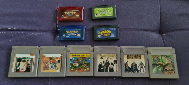 Nintendo Gameboy advance, Pokemon lot samt en stak blandede…