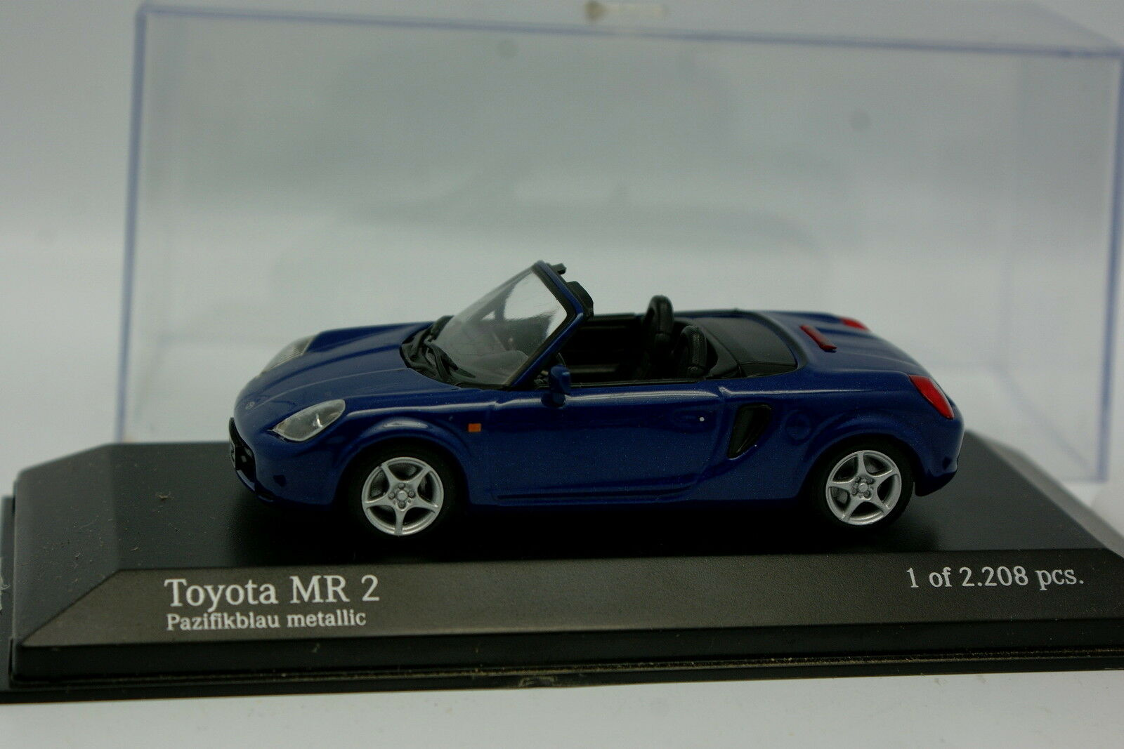 Minichamps 1 43 - Toyota MR2  Bleue