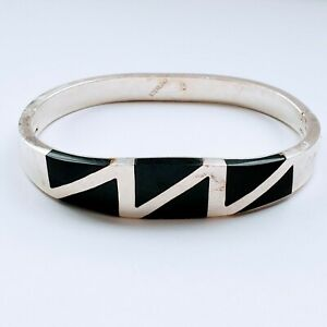Vintage-925-Sterling-Silver-Handmade-Black-Stone-Inlay-Safety-Hinged-Bracelet