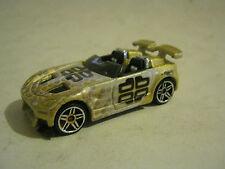 Hot Wheels Gold Tantrum, dated 2001 (EB8-28)