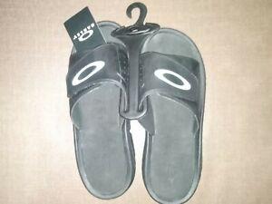 Oakley-Super-Coil-Slide-2-5-Black-Sandals-Slipper-Size-9