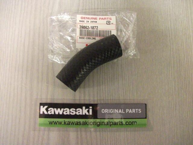 Kawasaki GPZ900R bottom radiator coolant hose 39062 1072.