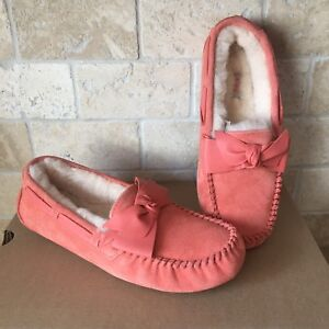 a9d41dcbea5 ugg slippers dakota bow