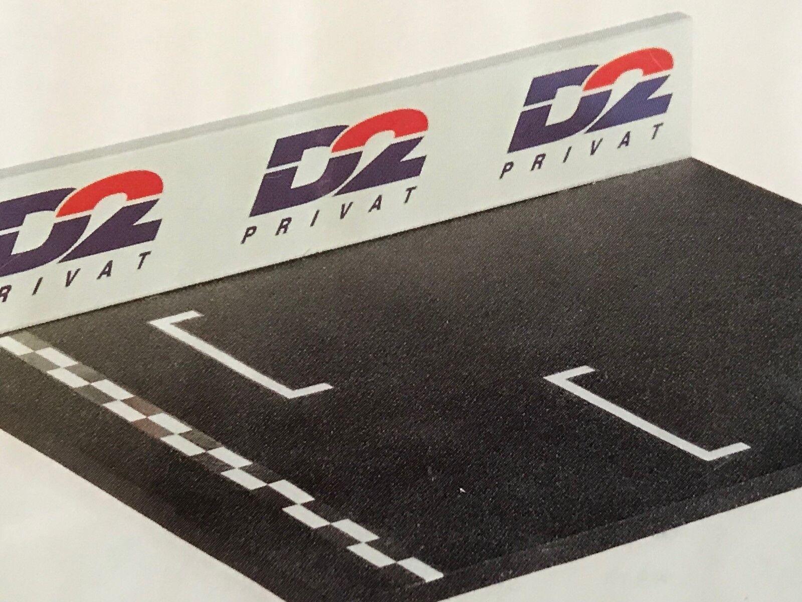 Exoto 43 Hi-Tech   DTM Racing Pole Postion Diorama   D2 Privat     EHT43260