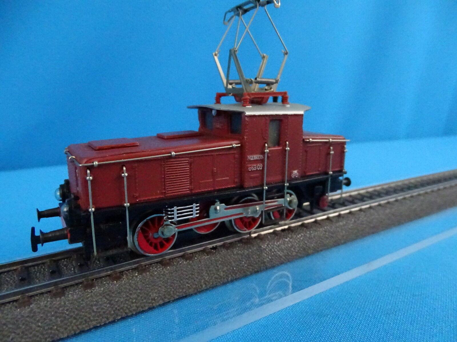 Marklin 3002 CEB 800 DB Electric Locomotive Br 63 Marronee