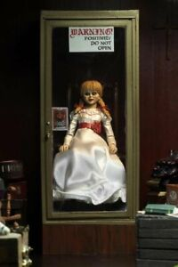 Annabelle Comes Home Ultimate Annabelle Figurine Neca
