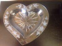 Mikasa Garden Terrace Clear Glass 13 Heart Dish Valentine's Day Wedding