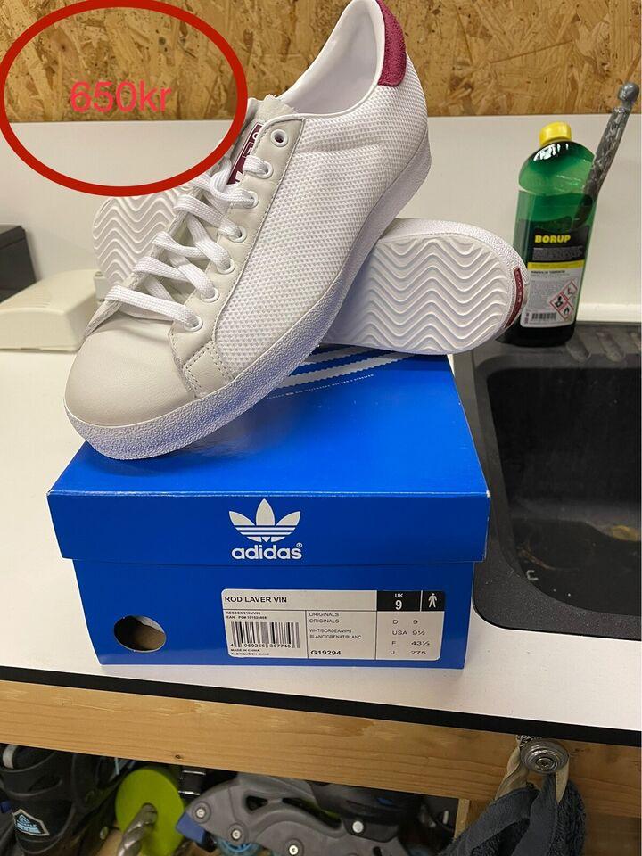 Andet, Adidas/Nike, str. Se billede