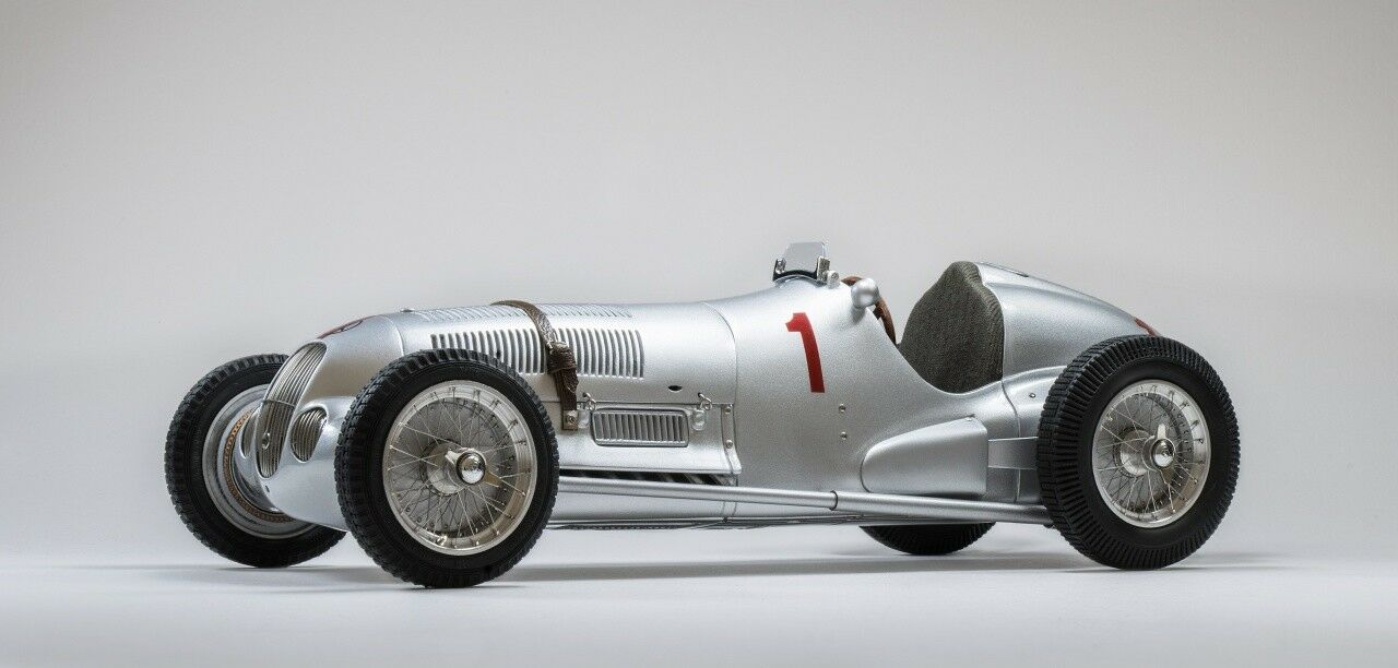 CMC 1 18 Mercedes W125 GP Donington 1937 Lang Limited Edition 1000 pcs. M-113