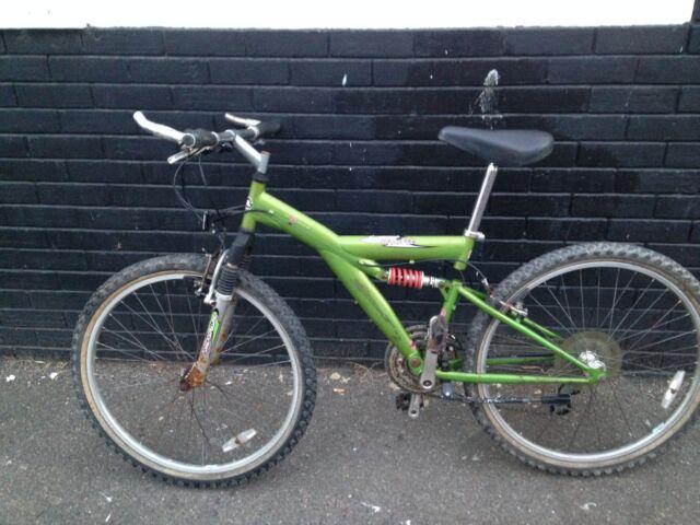 Apollo Guru (full suspension) Mountain Bike & free new Light Set, Lock and Pump