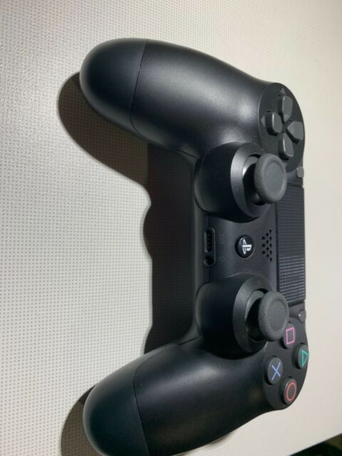 Sony DualSchock 4 Wireless Controller for PlayStation 4 - Jet Black