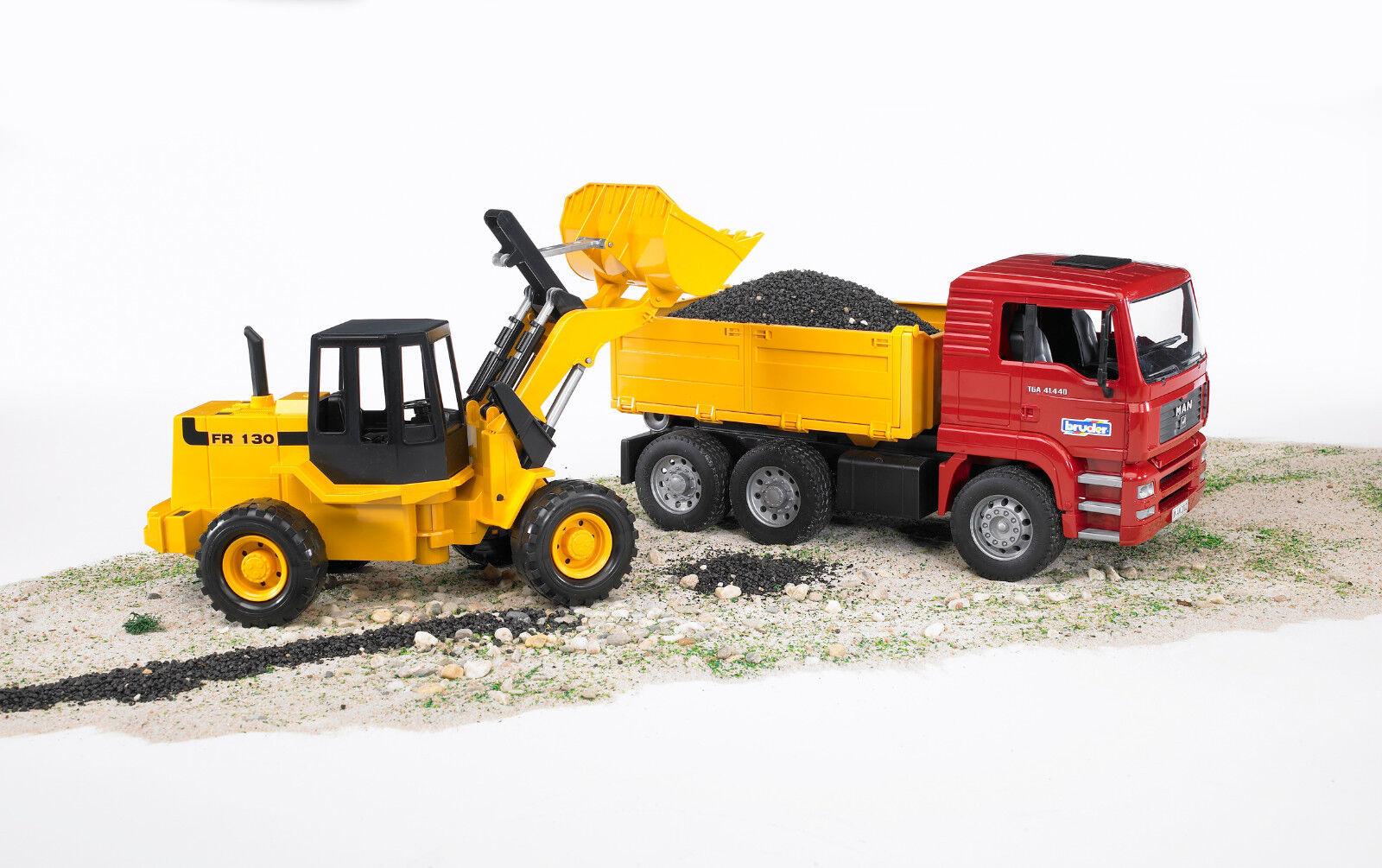Bruder® Einsatzfahrzeug 02752 MAN TGA Kipplastwagen mit Gelenkradlader Neuware.
