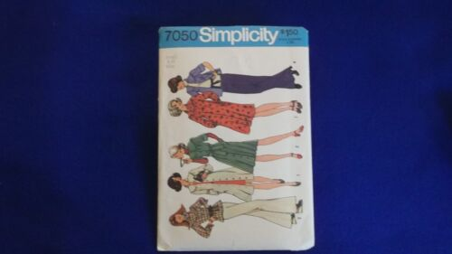Listed  #9100 ~ NIP 8,10 A Simplicity ~ All Patterns are Size 8-10 U-PICK ~ 5