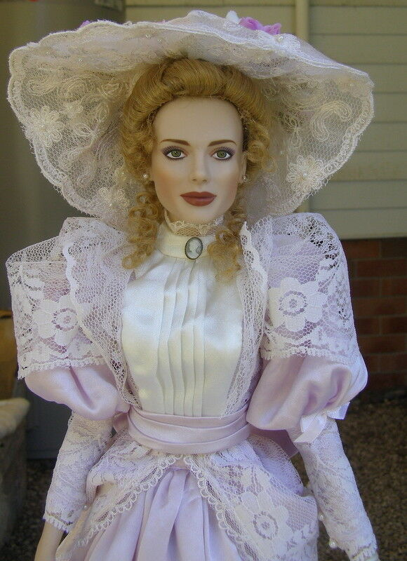 Franklin mint vinyl gibson doll Easter Parade very rare doll