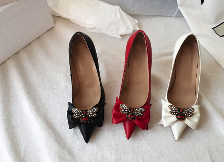 Donne in  pelle Pump Mid Heel scarpe Bee Bow Hibiscus Stiletto rosso  popolare