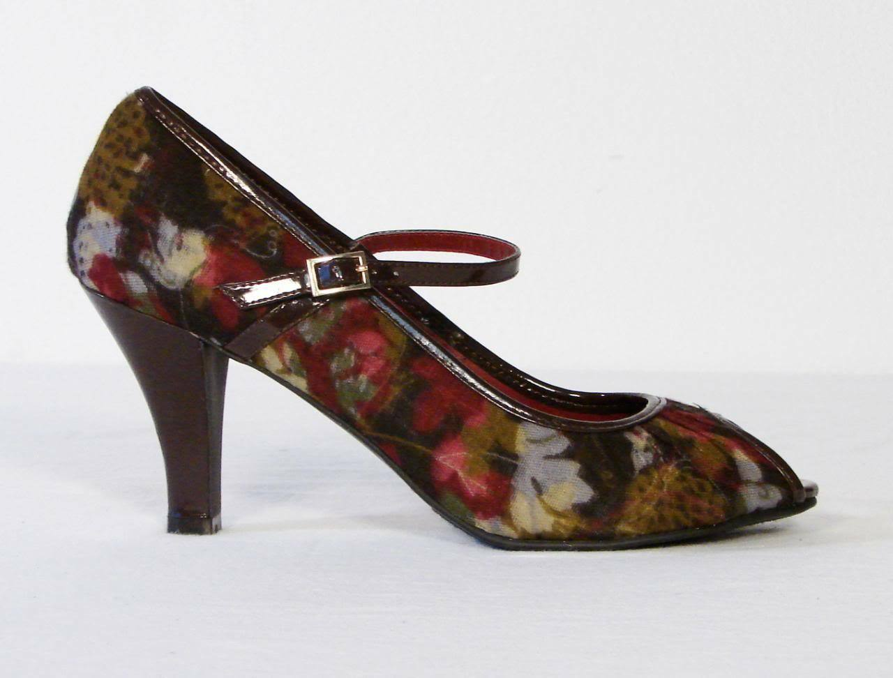 Madden Girl Mollyyy Floral Mary Jane Heels Pumps NEW