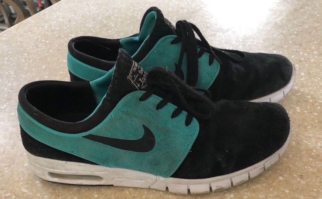 Nike Stefan Janoski MAX L mens 9.5 black an green suede sneakers