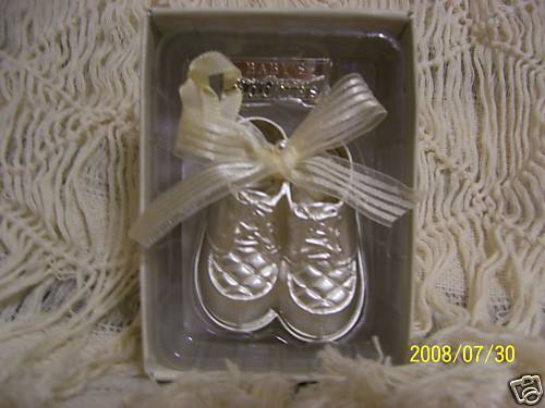 NEW PAIR OF SILVER PLATED BOOTIES PRECIOUS KEEPSAKES UNISEX