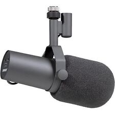 SHURE SM7B Professional Broadcasting Vocal Mic with Close Talk Windscreen