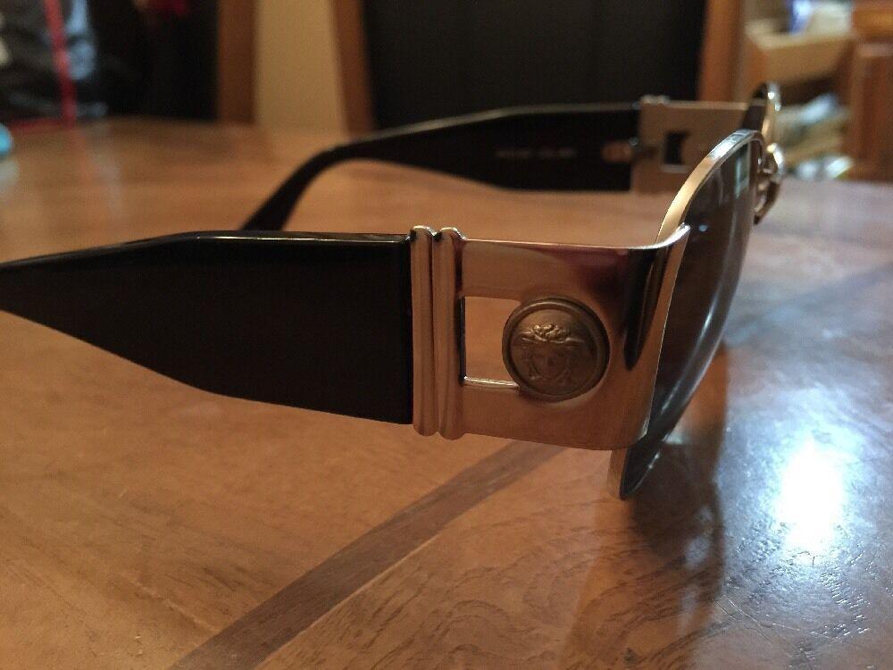 Gianni Versace Vintage Sunglasses MOD. S67 - image 2