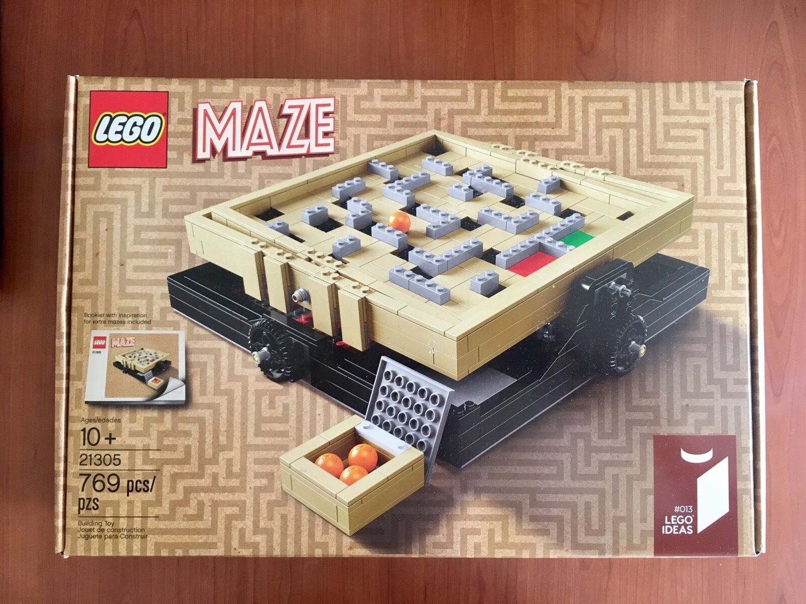 NEW and Sealed  RARE  LEGO Ideas 21305 Maze Building Kit (769 Piece)