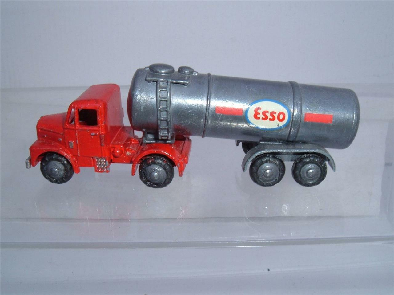 MORESTONE SCAMMELL TANKER DONE IN ESS0 PETROL LIVERY SEE THE PHOTOS VINTAGE