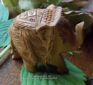 Elephant En Bois Scuplte A La Main Trompe En Haut Porte Bonheur