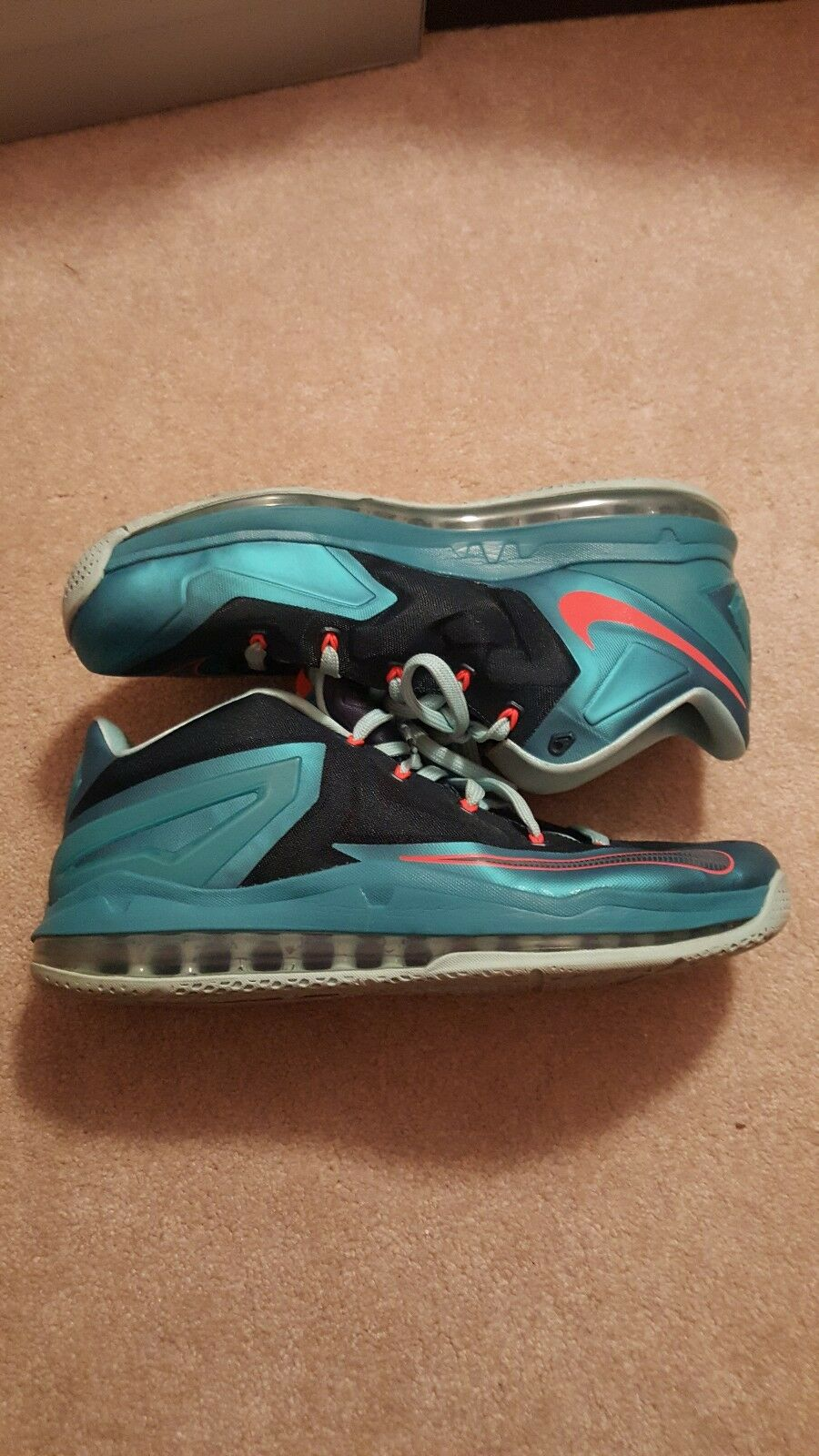 Lebron 11 Low Turbo Green size 13